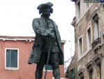 Monument to Carlo Goldoni
